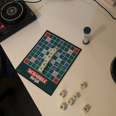 Scrabble, corona