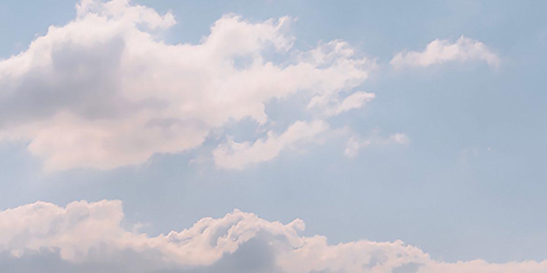 Wolken, was ik maar een duifje.