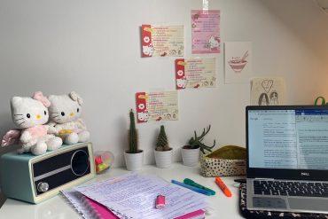 Mijn bureau :)