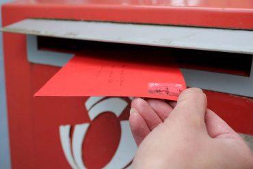 brief in brievenbus
